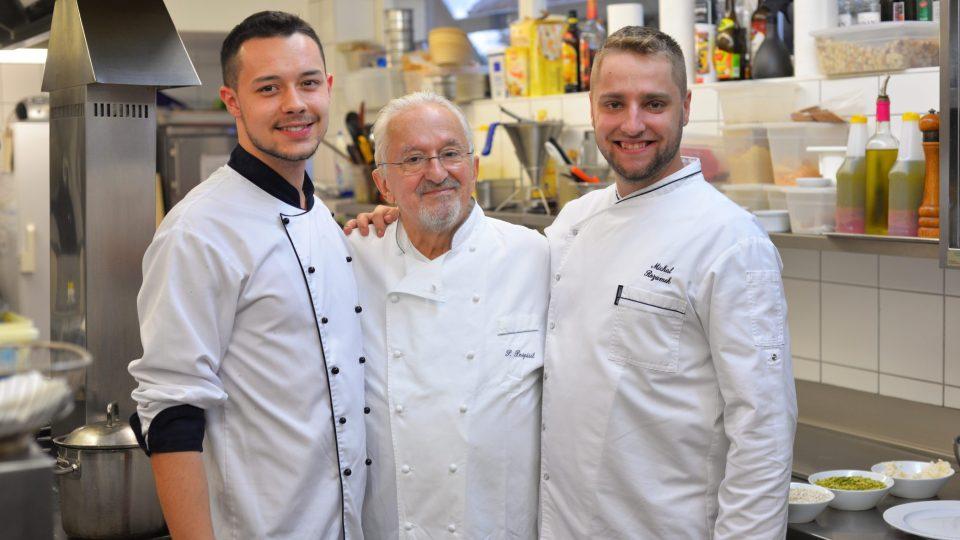 Pavel Pospíšil se svým týmem kuchařů
