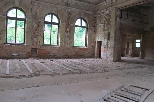 Dvorana v Lokti