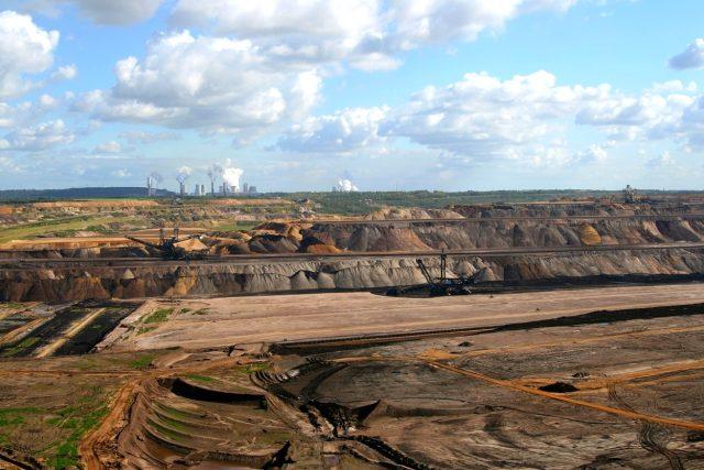 Těžba  (ilustrační foto) | foto: CC0 Public domain,  Fotobanka Pixabay