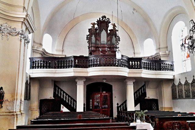 Kostel sv. Jiří v Bečově nad Teplou