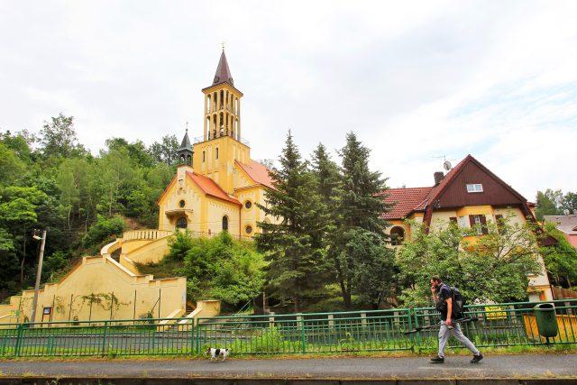 Dalovice,  kostel Panny Marie Utěšitelky | foto: Václav Šlauf,  MAFRA / Profimedia
